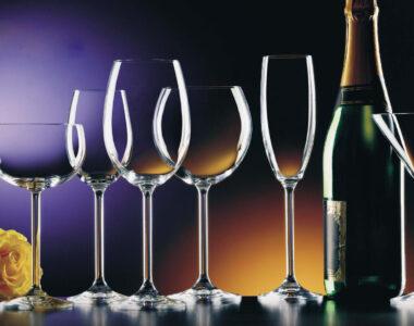 Tại Sao Lại Phải Chọn Ly Đúng Với Rượu Vang