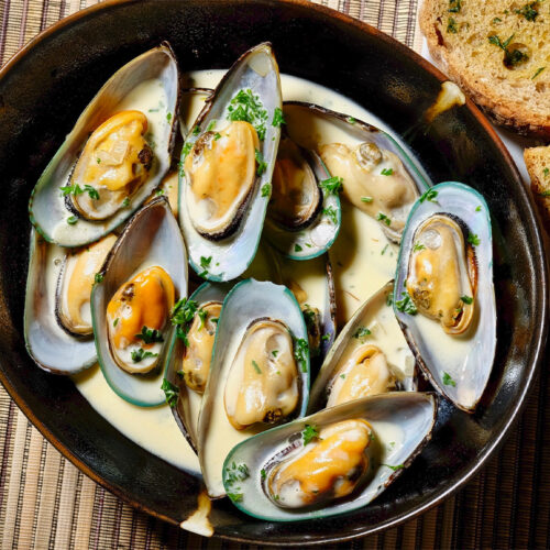 New Zealand Mussels In White Wine Sauce
