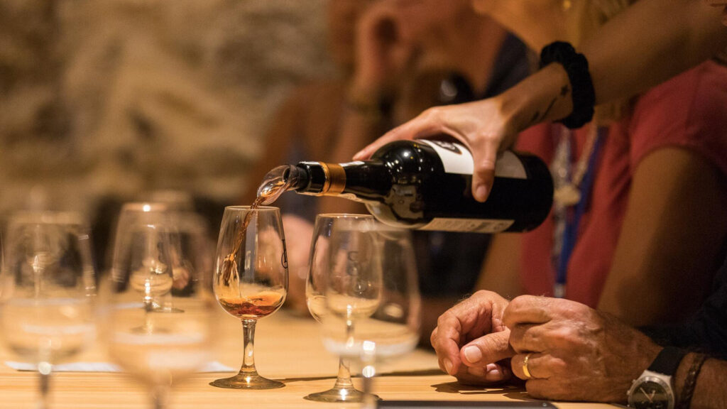 Ly Uống Rượu Porto