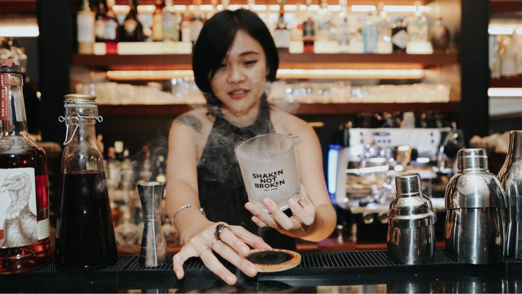 7 Suy Nghĩ Sai Lầm Về Nghề Bartender