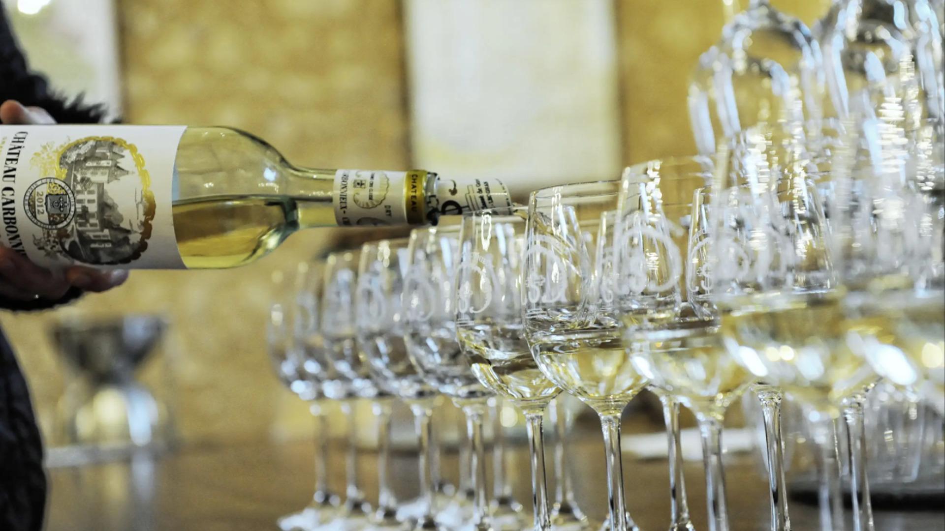 Rượu Vang Chateau Carbonnieux